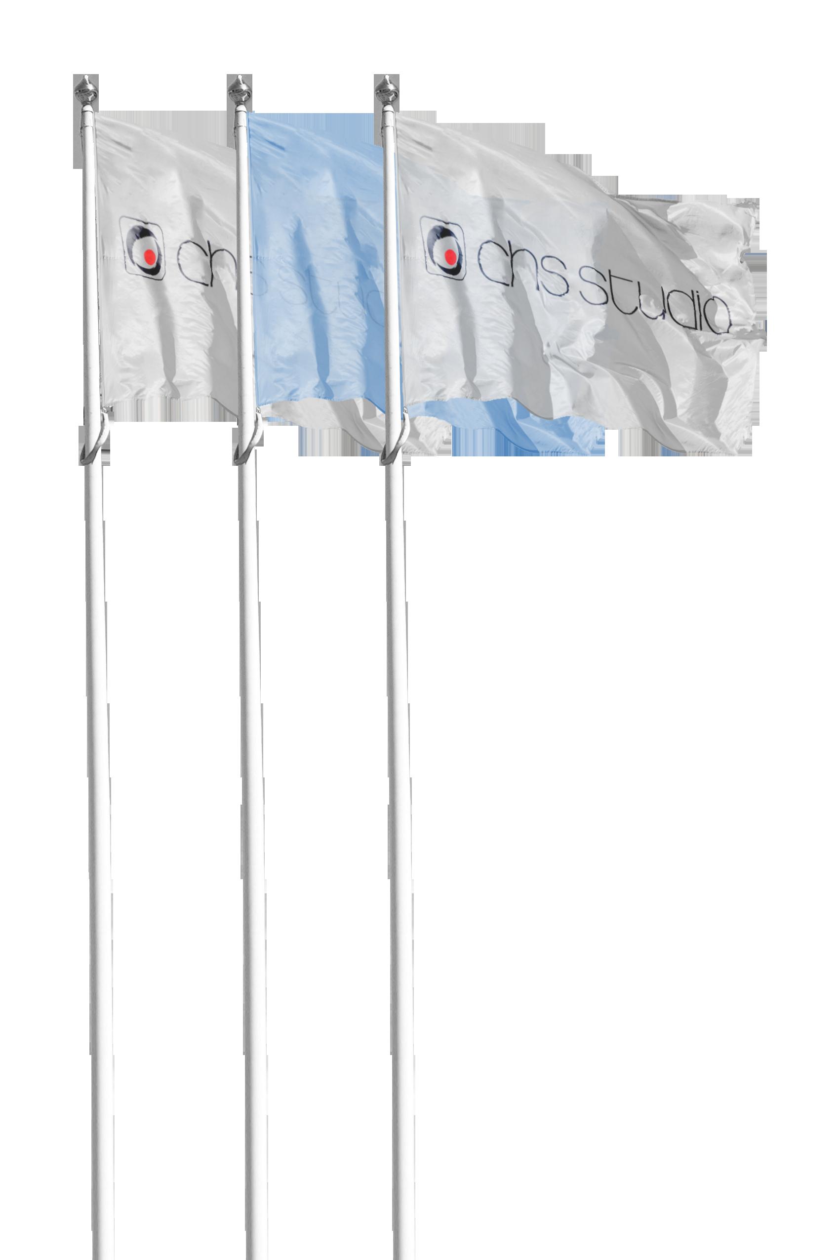 3 maszty z flagami CHS Studio